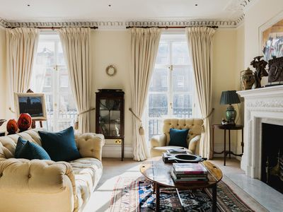 Photo for Cliveden Place - luxury 4 bedrooms serviced apartment - Travel Keys