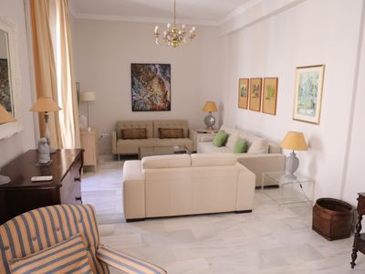 Photo for Great luxury apartment, next to Cathedral with free WiFi at 10 'beach
