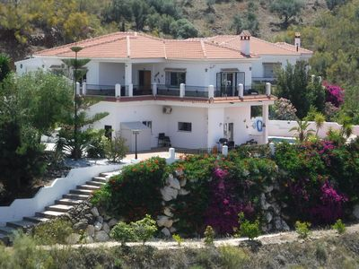 Photo for Stunning 4 bed villa with private pool