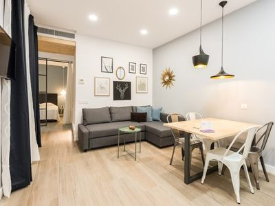 Photo for Apartment in the center of Madrid with Internet, Air conditioning, Washing machine (727199)