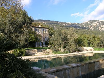Photo for Fantastic typical Provence house with natural stone pool, olive trees, herbs ...