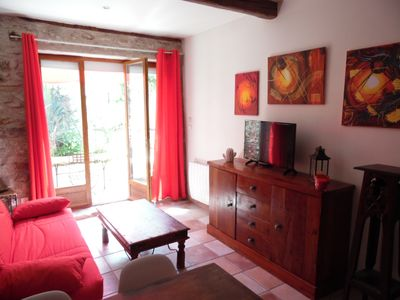 Photo for Nice apartment at the foot of the city of Carcassonne