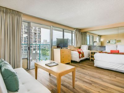 Photo for New!15th Floor Mountain, Canal,  and City Views, 2 Beds Central Waikiki location