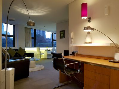 Photo for Apt-610 Picture Perfect 1 Bed Room. Hyde Park Views