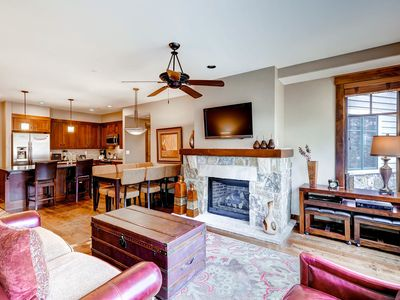 Photo for Beautiful centrally located condo, shared amenities, near skiing!