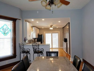 Photo for Newly renovated 4 bedrooms in Highlands Bardstown