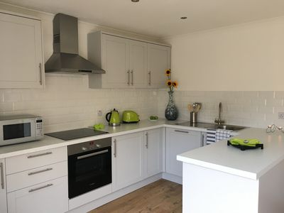 Photo for Luxury Tower Bridge 2bedroom-apartment with terrace