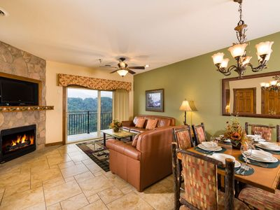 Beautiful Cabin-Style Luxury Condo In The Great Smoky Mountains!