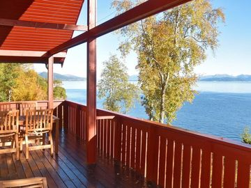 Vacation home Nord-heggdal  in Midsund, Northern Fjord Norway - 8 persons, 4 bedrooms