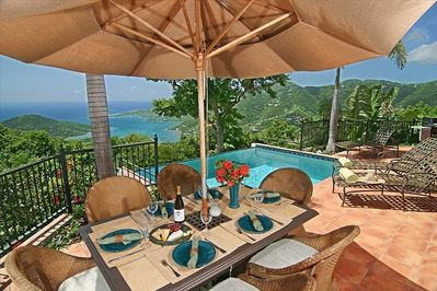 Outdoor dining..... with a view over Coral Bay and the British VI's