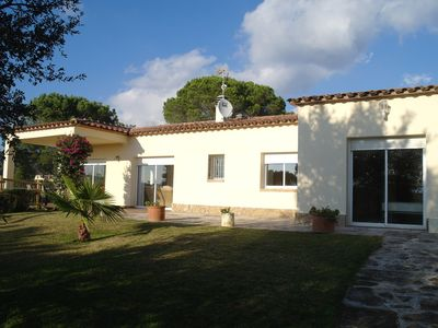 Photo for Luxury Villa, Spacious Garden With Fantastic Views Of The Gavarres