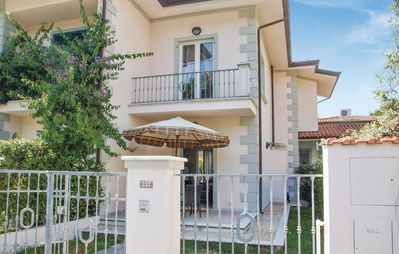 Photo for 1 bedroom accommodation in Marina di P. (LU)
