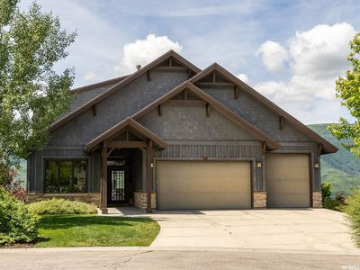 Photo for Best Views in Trappers! Modern 6Bed/5Bath w/Game Room, 2 full Master Suites!