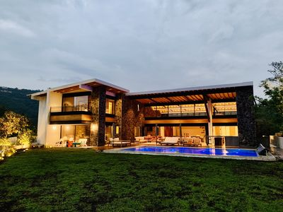 Photo for Valle de Bravo Lakefront House. Swimmingpool, Jacuzzi and waterski boat