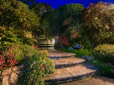 Photo for Courtyard Suite - Beautiful, Charming Country Estate - 20 Minutes from Victoria