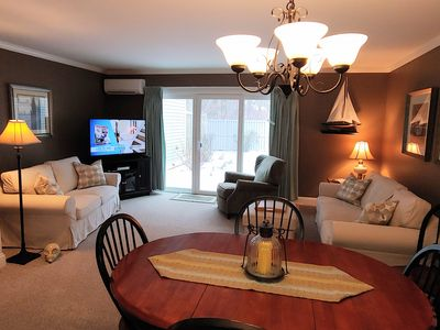 This picture shows new Livingroom furniture that was purchased in 2019.