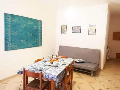 Photo for Holiday Apartment with Wi-Fi, Air Conditioning & Balcony; Pets Allowed
