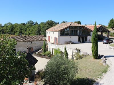 Photo for Beautiful Country house in the Quercy Blanc