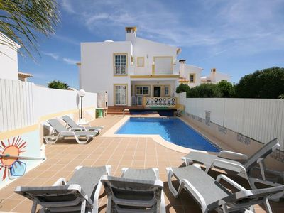 Photo for Spacious Villa, private swimming pool, free wifi
