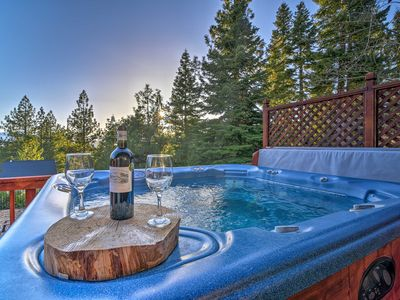 Photo for South Lake Tahoe 'Mountain View Lodge' w/ Hot Tub!
