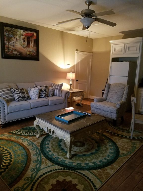 Fully furnished one bedroom apartment with garage pinehurst texas rentals for One bedroom fully furnished apartments