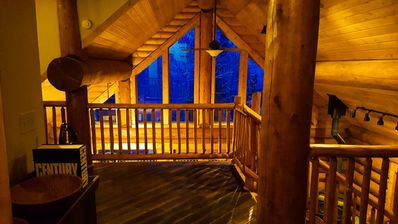 Large 3-Floor Cabin outside Breckenridge with Eelvated Balcony Views on 5 Acres