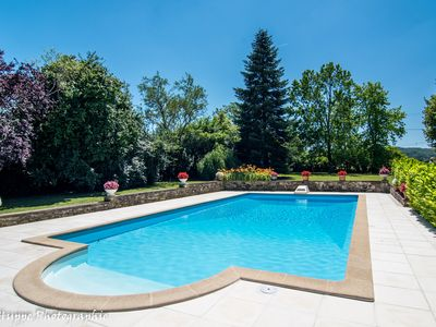 Photo for Spacious Gite with Large Private Swimming Pool