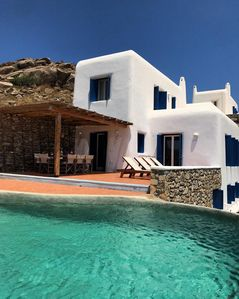 Photo for Tranquil 4 bedroom Villa with private pool and spectacular views