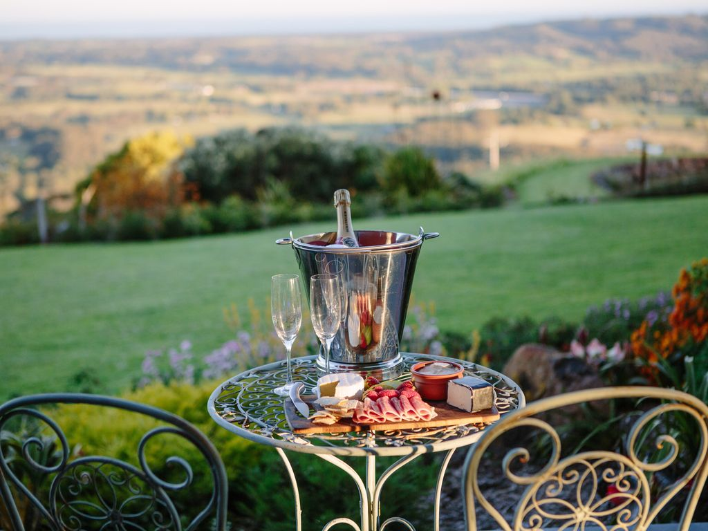 Fabulous Romantic Retreat for two - The Bales