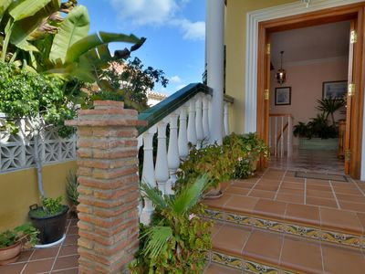 Photo for This 3-bedroom villa for up to 6 guests is located in Nerja and has a private swimming pool, air-con