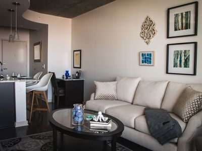 Photo for LUXURIOUS 1BR APT IN UPTOWN HIGH-RISE W/CITY VIEWS