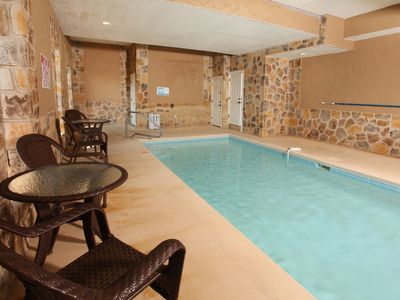 Perfectly Gorgeous 6 bedroom cabin with in cabin pool and amenities galore!