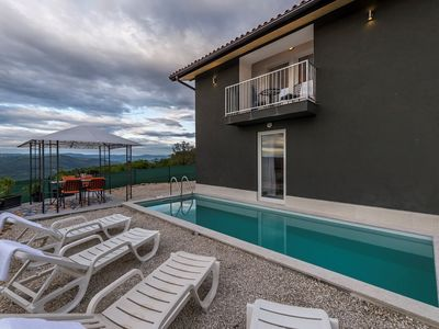 Photo for Villa Art house with Pool and a beautiful view on the river Mirna valley
