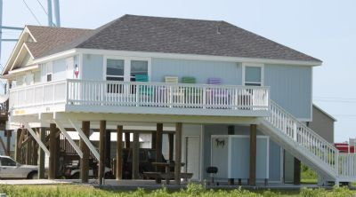 Photo for Quaint 2 bedroom beach property located in popular area - Just Beachin'