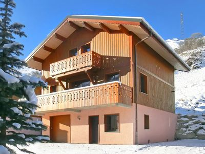 Photo for Luxury chalet at 1,600 m altitude with jacuzzi and sauna