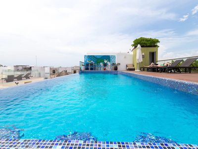 Photo for Spacious Flat with Amazing Pool