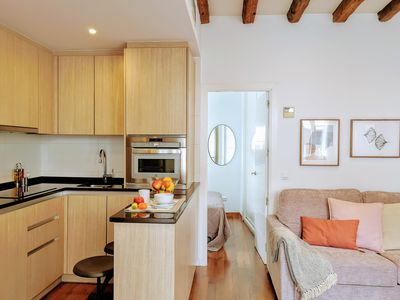 Photo for Art & Dreams Imperial II, cozy apartment in the historic heart of the city.