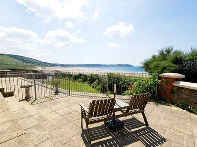Photo for Popular 1 bed apartment on seafront  with fantastic seaviews