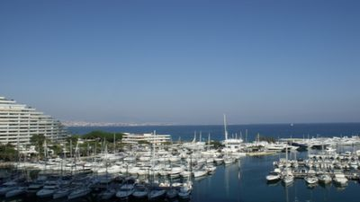 Photo for Large studio sea view and stunning harbor