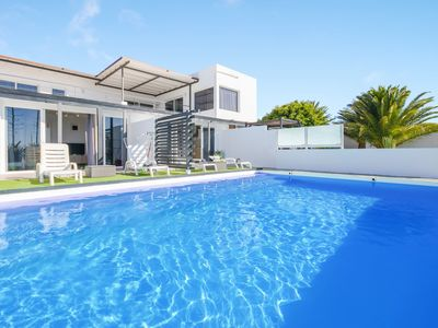 Photo for Beautiful Holiday Apartment Casa Amanecer 2 with Sea View, Mountain View, Courtyard, Garden & Pool; Parking Available