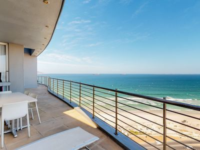 Photo for Modern apartment w/ great ocean views, furnished balcony & gas grill