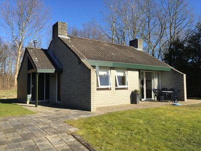 "Photo for Renovated 4 person holiday home in the middle of the ""Lauwersmeer National Park"""