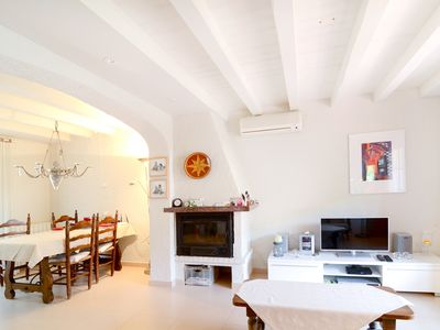 Photo for 3 bedroom house with private garden and communal pool