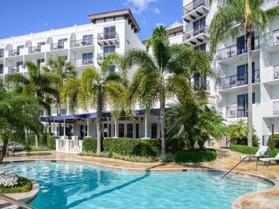 Photo for Beautifully Decorated Unit w/ Resort Accommodations! Pool, Gym & Near The Beach!