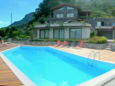 Photo for Sumptuous and panoramic Lake Como villa.