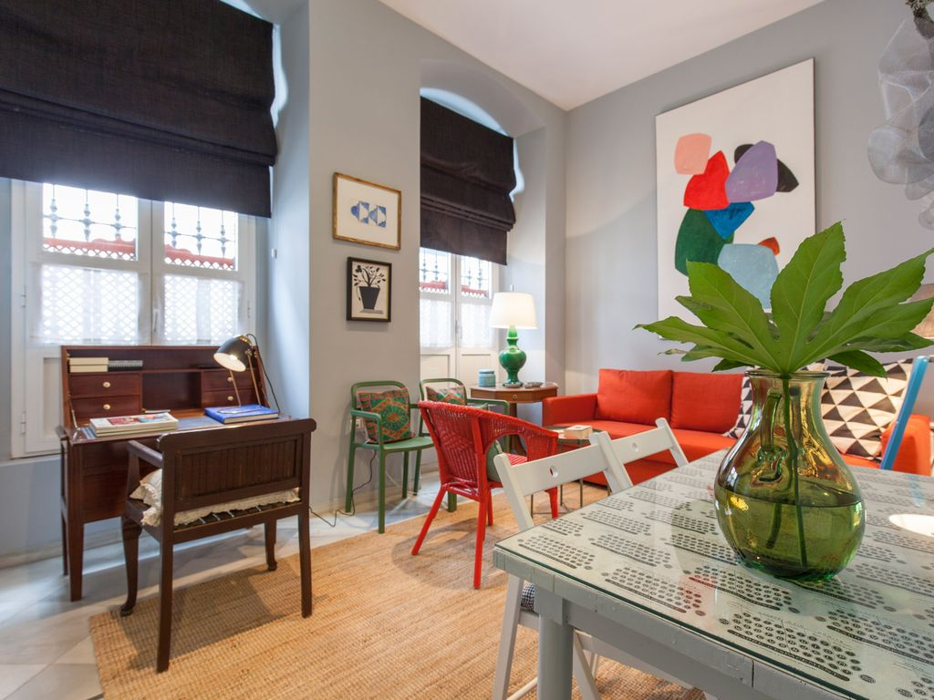 Amazing Apartment In Best Part Of Sevilla And Very Nicely Decorated Casco Antiguo