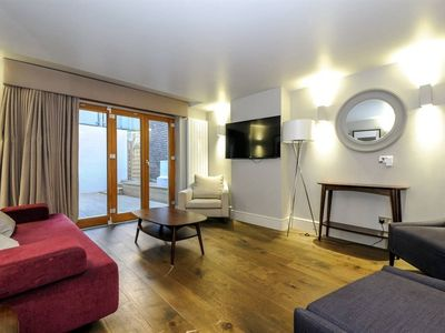 Photo for Superb 3BR Flat in Covent Garden, 8 guests!