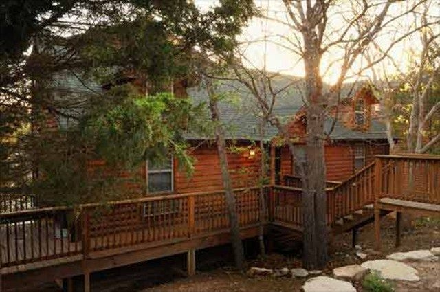 Real log cabin 3 master suites indoor p homeaway for Branson mo cabins with indoor pool