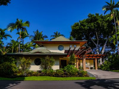 Photo for Alii Point - Luxury Villa in Private Oceanfront Community