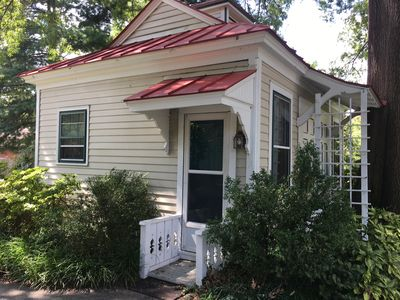 Photo for ADORABLE CARRIAGE HOUSE IS PRIME WEST END LOCATION!!